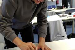 Schüler-im-Druckworkshop-bei-der-Arbeit-10