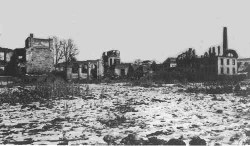 Das Heilbronner Krankenhausgelände nach dem Fliegerangriff am 4. Dezember 1944